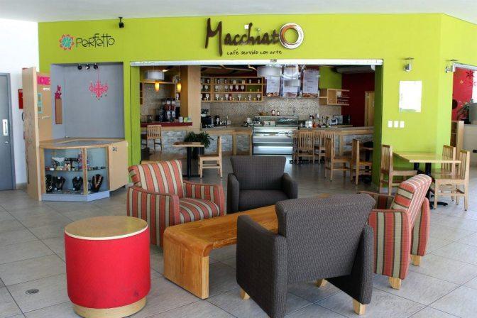 Café-Bar en la ciudad