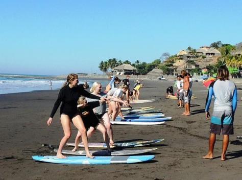 Clases de surf en El Sunzal