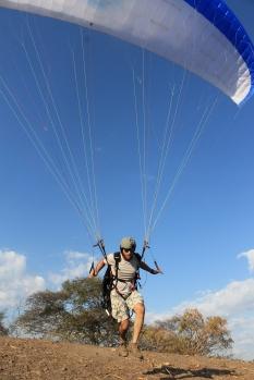 Moshe a punto de volar