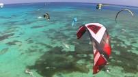 Kitesurfing en Playa San Andrés, Colombia