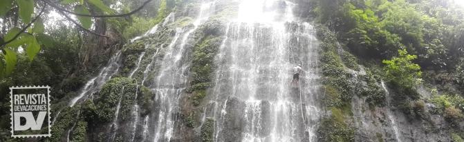 Rappel en cascada: un largo camino, un emocionante final