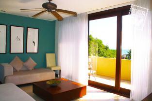 Una de las habitaciones del hotel Las Flores Surf Club