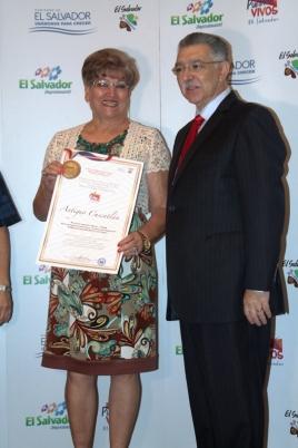 Antiguo Cuscatlán ganó la categoría Urbanismo y Compras.
