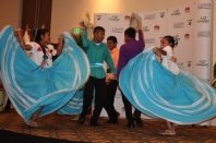La premiación dio lugar para la demostración de bailes típicos.