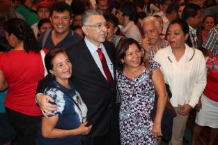 El Ministro compartió con los asistentes.