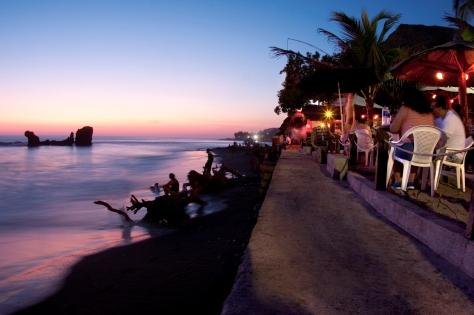 Playa El Tunco, La Libertad.
